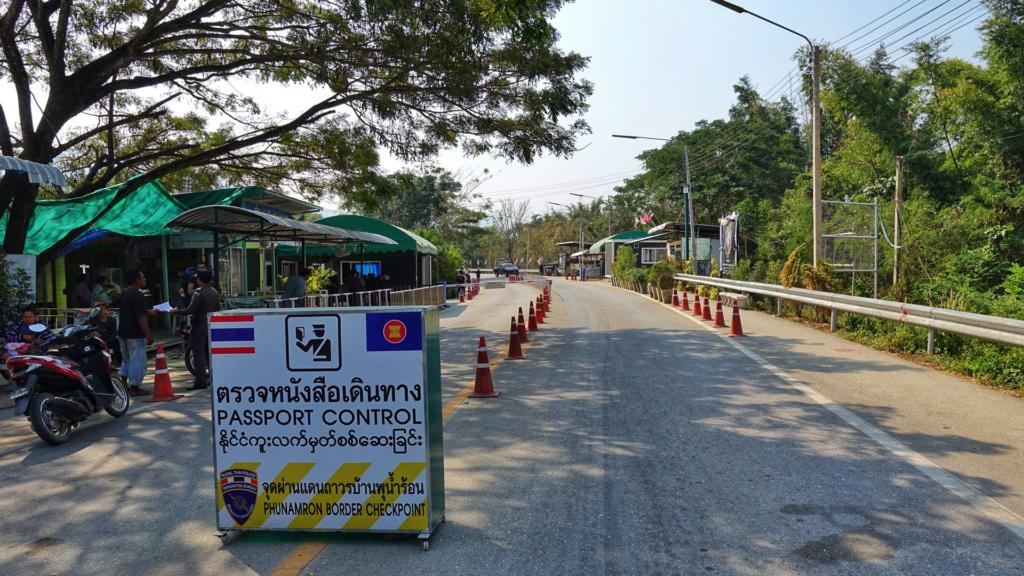 Grenzubergang Myanmar und Thailand
